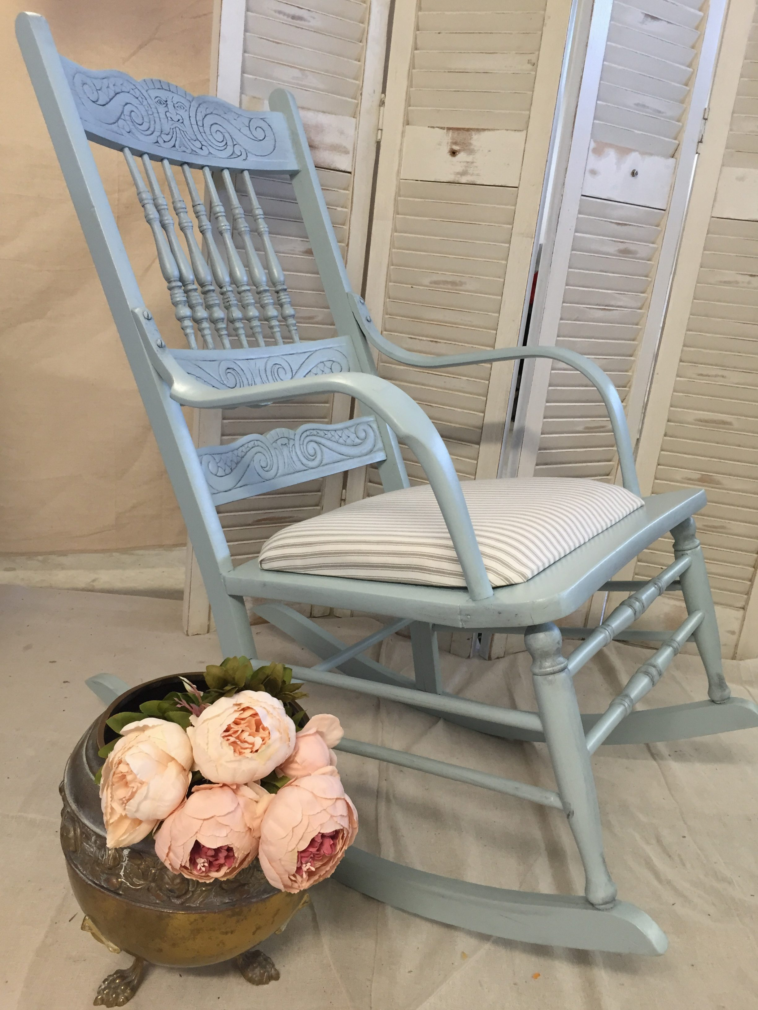 French Linen Furniture – Elegant and timeless French inspired